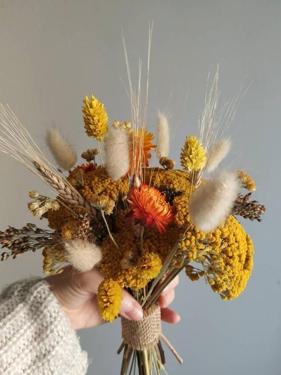 Dried Flower Bouquet Yellow In 2020 Dried Flowers Dried Flower Bouquet Dried Flower Arrangements