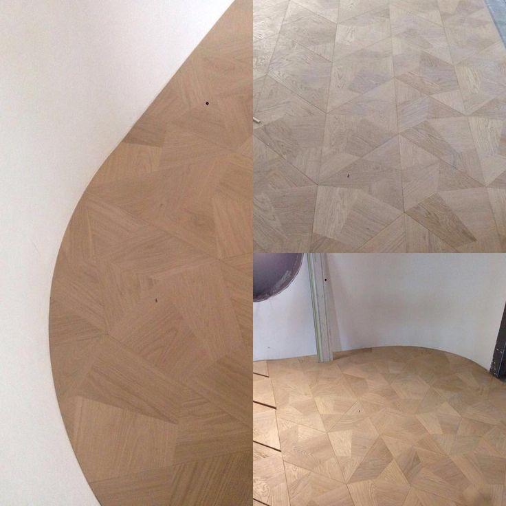 Bespoke Fragment pattern in an exclusive showroom in NL #woodfloor #parquet…