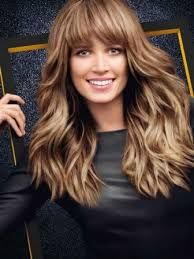 Afbeeldingsresultaat voor kapsels lang haar