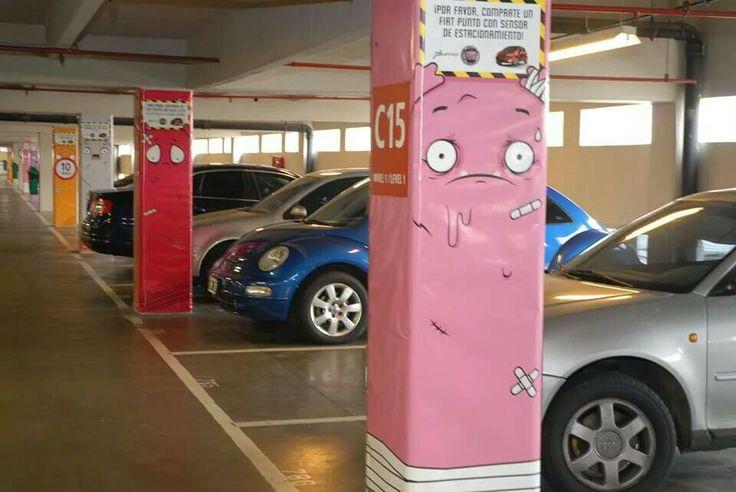 Fiat crea una divertida camapaña para promocionar su nuevo coche con sensor de estacionamiento.