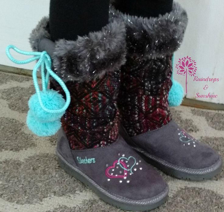 #Win a pair of SKECHERS Shoes (2 winners ) CAN 3/25 My youngest daughter loves online shopping as much as I do. She browsed through the Skechers website and fell in love with these adorable Twinkle Toes