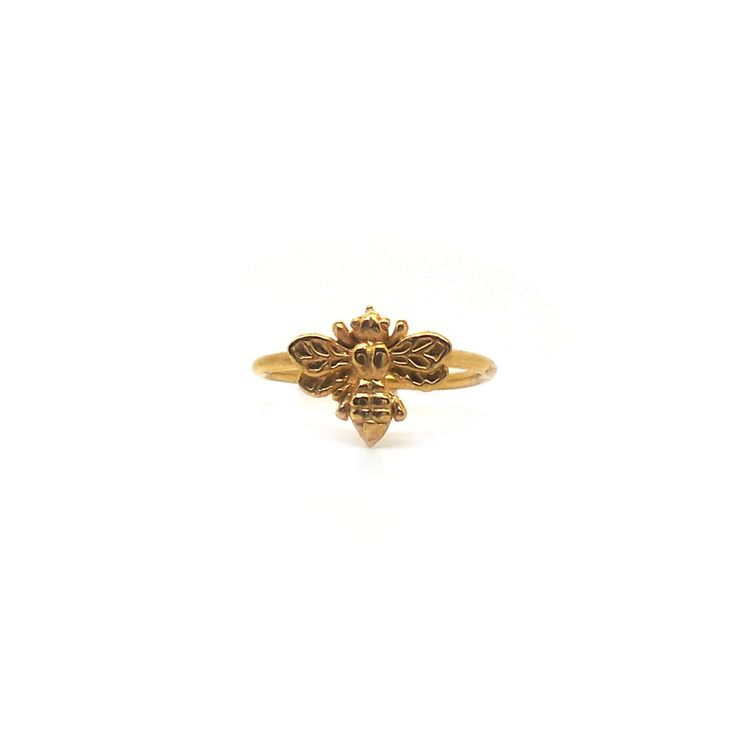 An adorably detailed bumble bee ring.  ♦ 18k Gold Plated Brass ♦ Handmade from original carving