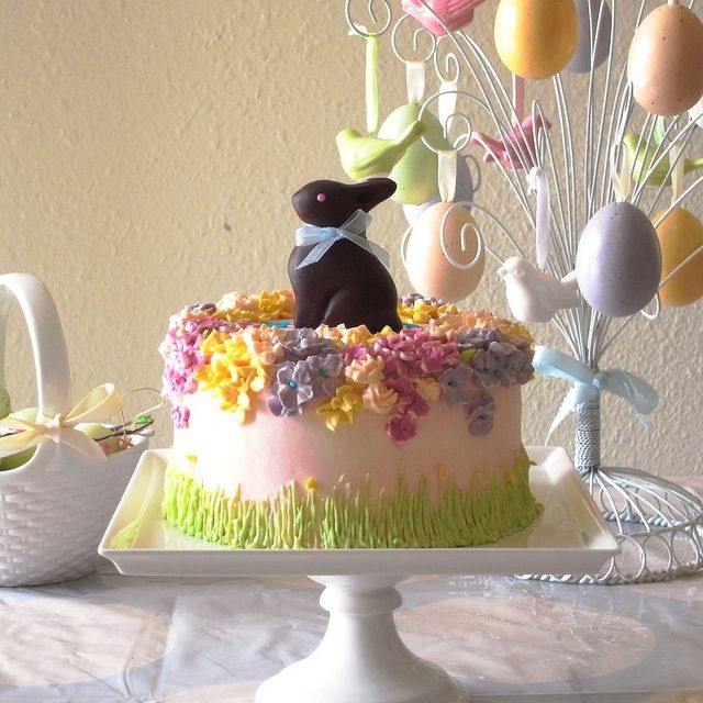 easter cake with choc bunnykins food best of the best pinterest