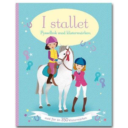I stallet