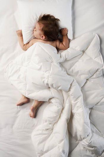 Bebekler için en iyisini anneler; sağlıklı bir uyku için gerekenleri Yataş bilir.