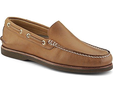 Gold Cup Authentic Original Venetian, Sahara Leather, dynamic
