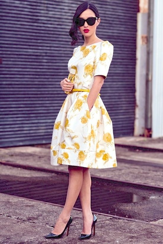 Vestidos floridos de passeio                                                                                                                                                     Mais