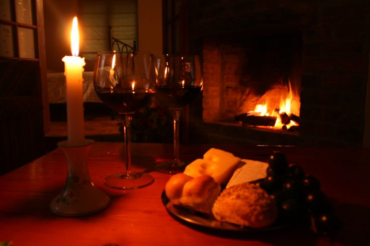 Self catering accommodation, Noordhoek, Cape Town   Enjoy a candle lit dinner by the fireplace this Winter   http://www.capepointroute.co.za/moreinfoAccommodation.php?aID=125