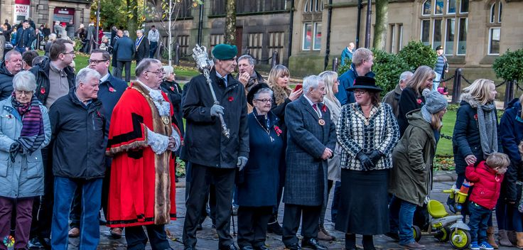 https://flic.kr/s/aHskHq6XdR | Remembrance Sunday 2016 Remembrance Sunday 2016 | Photos of the parade of the Glossop Remembrance Sunday Service