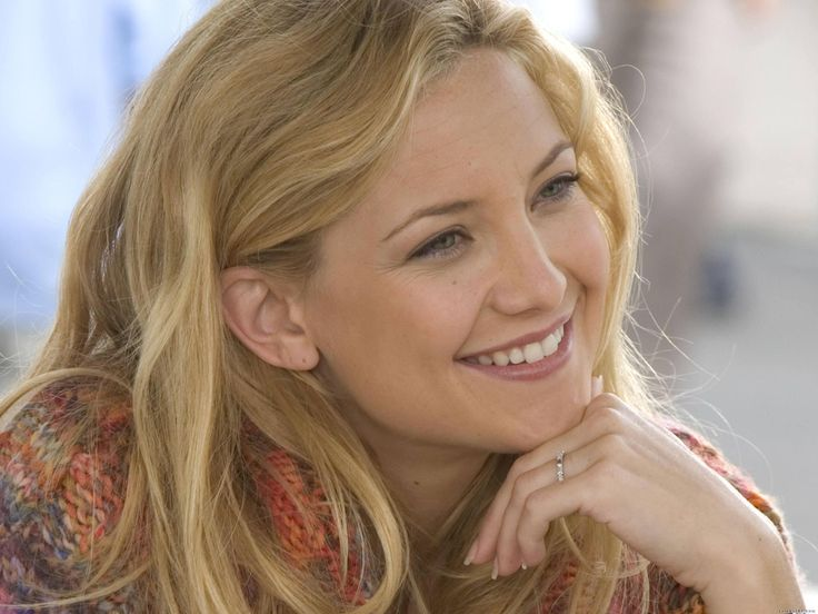 How I see a female Water elf minus the pointy ears as she doesn't have those. This is Kate Hudson, but she is just an example.