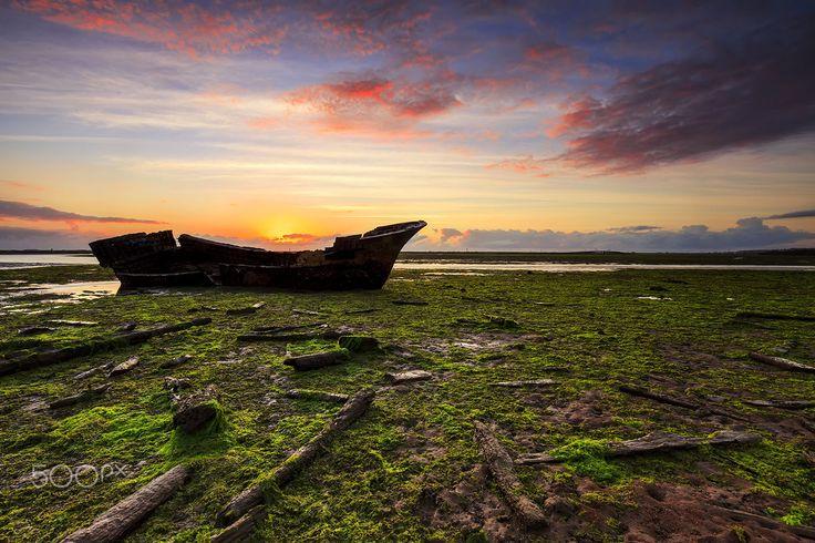 Shipwreck by Yudik Pradnyana on 500px