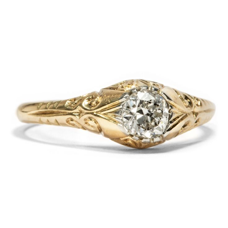 Komm gibt mir deine Hand... - Edler Goldring mit 0,55 ct Altschliff-Solitär, um 1900 von Hofer Antikschmuck aus Berlin // #hoferantikschmuck #antik #schmuck #Ringe #antique #jewellery #jewelry // www.hofer-antikschmuck.de