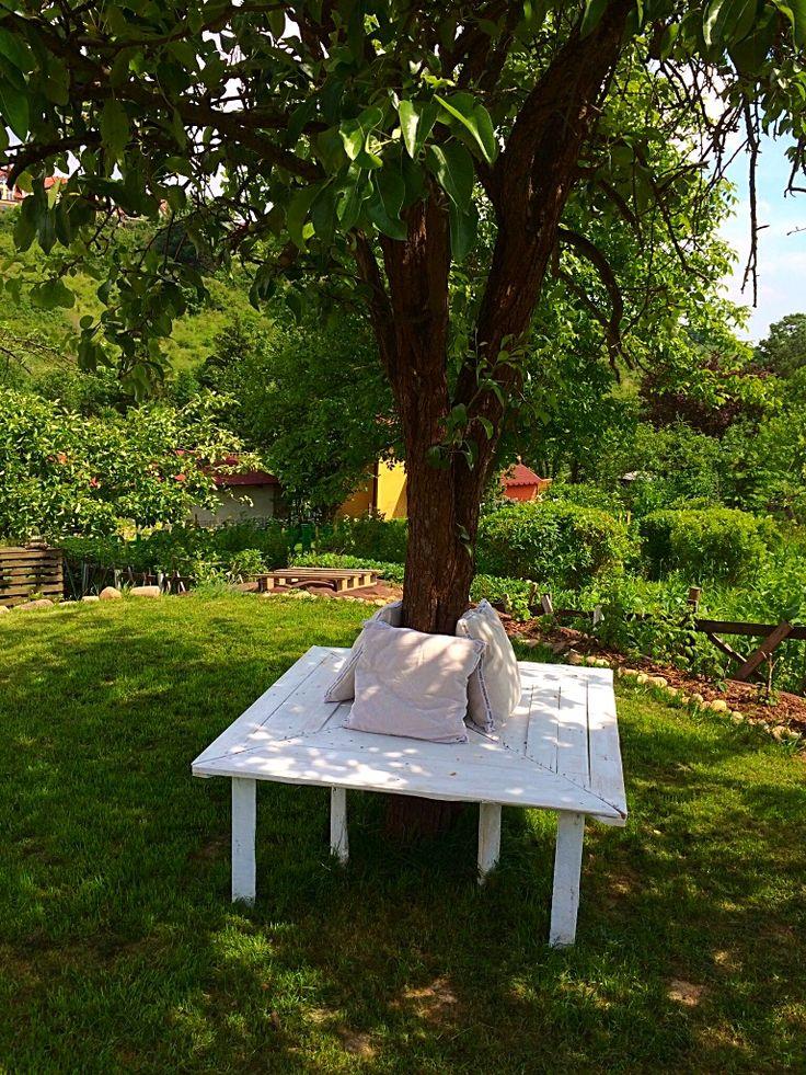 Ogrodowa ławka z palet