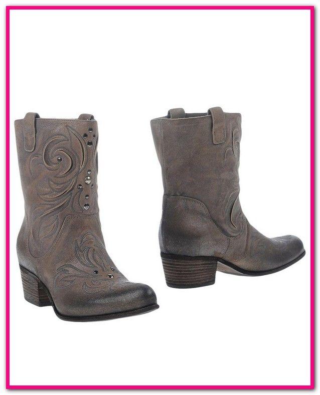ec34120b8a03d1 Vic Matie Stiefeletten Online Shop-Kaufen Sie Vic Matie Damen Schuhe direkt  online bei Trendweiser.de ✓ Top Auswahl ✓ Kauf auf Rechnung ✓ Schnelle ...
