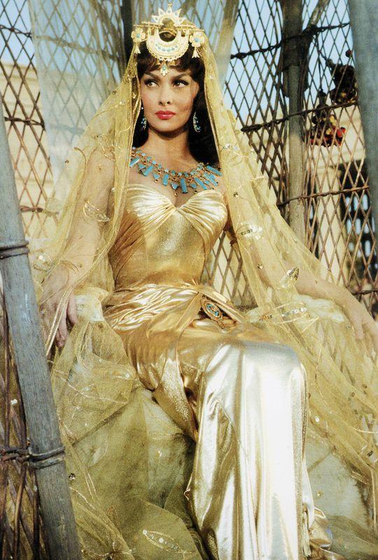 Gina Lollobrigida in, Solomon and Sheba (1959)