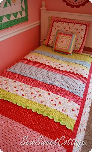 I love strip quilts (super easy) and the rickrack trim is so cute!Simple Quilt, Little Girls Quilt, Girls Room, Little Girl Quilt, Rick Racks, Rickrack Trim, Strips Quilt, Pottery Barns Inspiration, Stripes Quilt