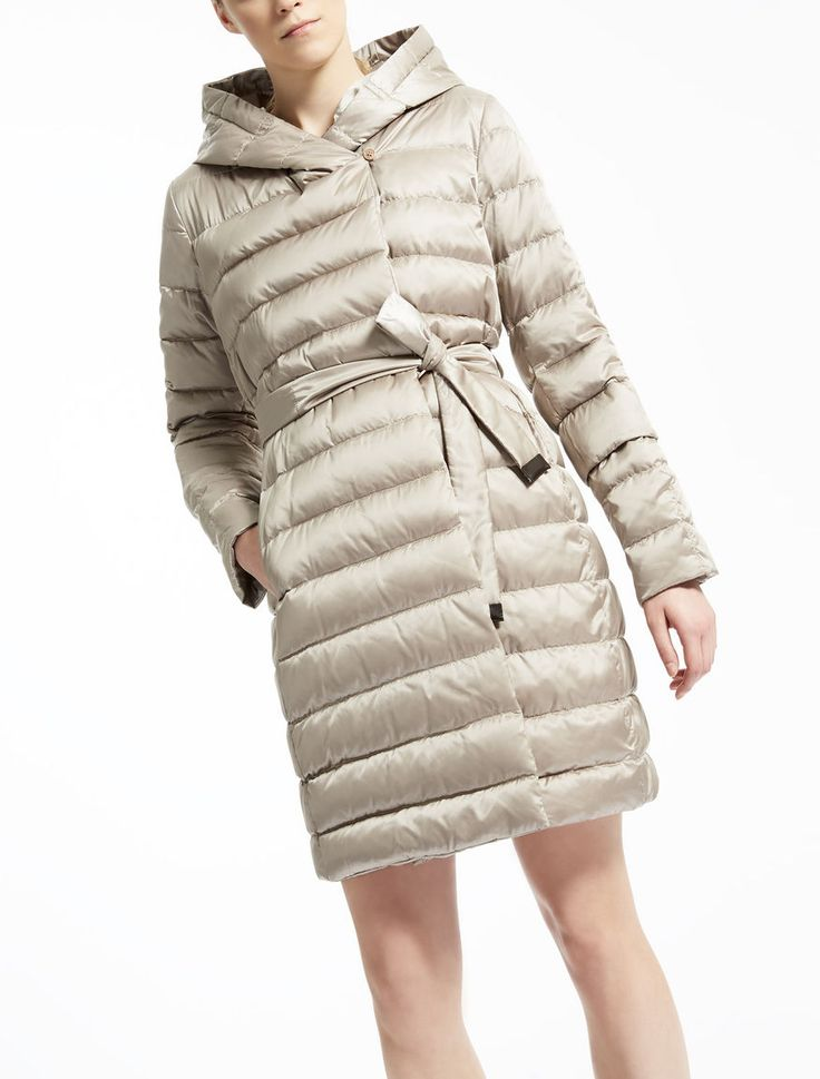 Max Mara NOVEF light: Reversible down jacket.
