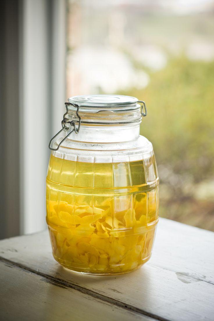 Homemade Lemoncello coming atcha