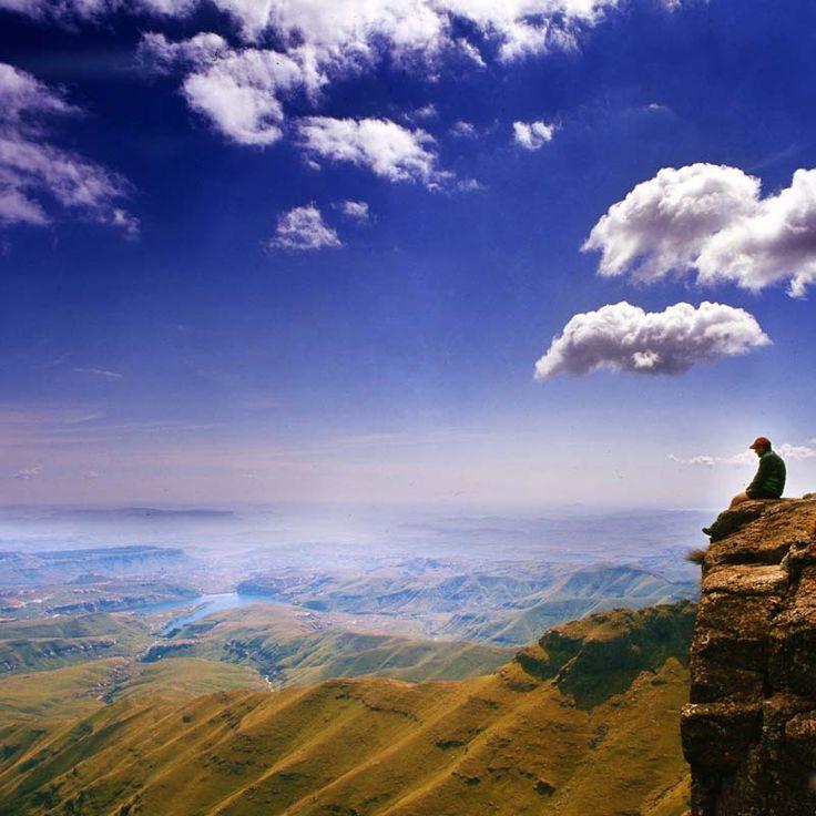 Het uitzicht in Drakensbergen. Dit moet je zien tijdens je roadtrip door Zuid-Afrika.