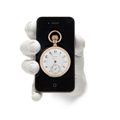 Areaware - iPhone Hand Dock featured on Rypen