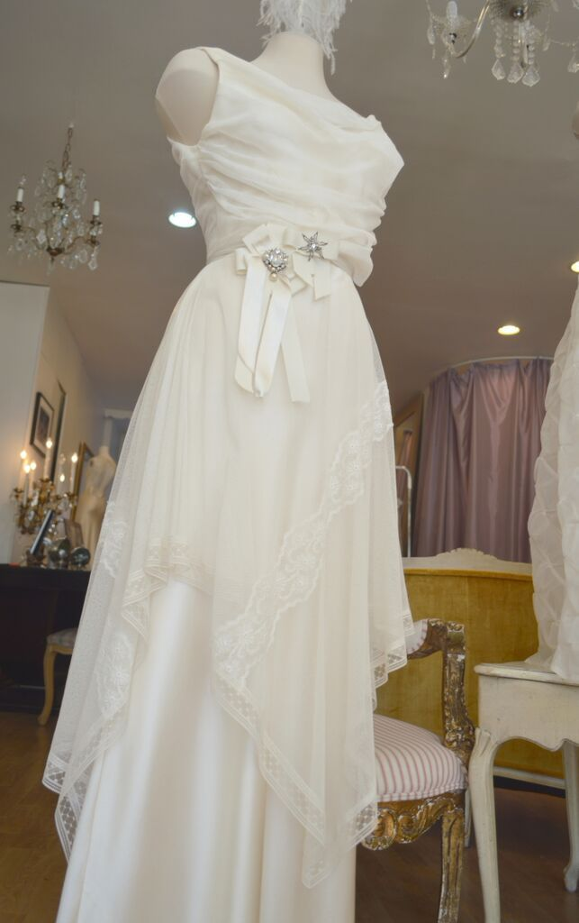 1918 Gown..................................  LOWON POPE – 117 JEFFERSON AVE, TORONTO, ON – 416-504-8150 – lowonpope@gmail.com