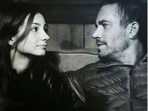 J'ai lu l'article Mort de Paul Walker : La fille de l'acteur poste leur dernière photo sur http://www.closermag.fr/people/people-anglo-saxons/mort-de-paul-walker-la-fille-de-l-acteur-poste-leur-derniere-photo-310160