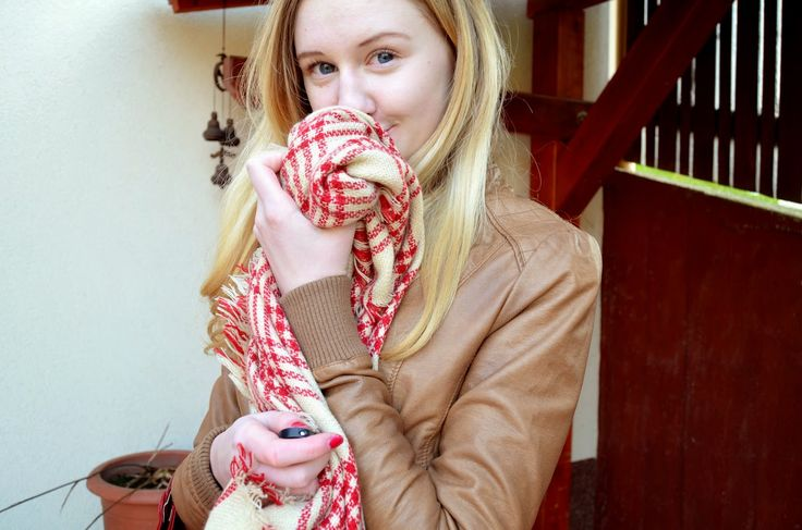 http://beautifulwhile.blogspot.cz/2015/02/ootd-big-scarf.html
