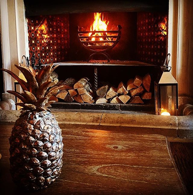 Did you know that the pineapple  is the international sign of hospitality? Nobody does cosy like Proud does cosy!