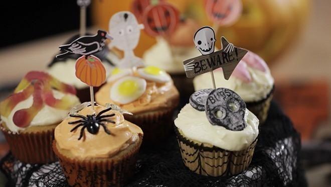 Halloween cupcakes - Sara La Fountain | 24Kitchen
