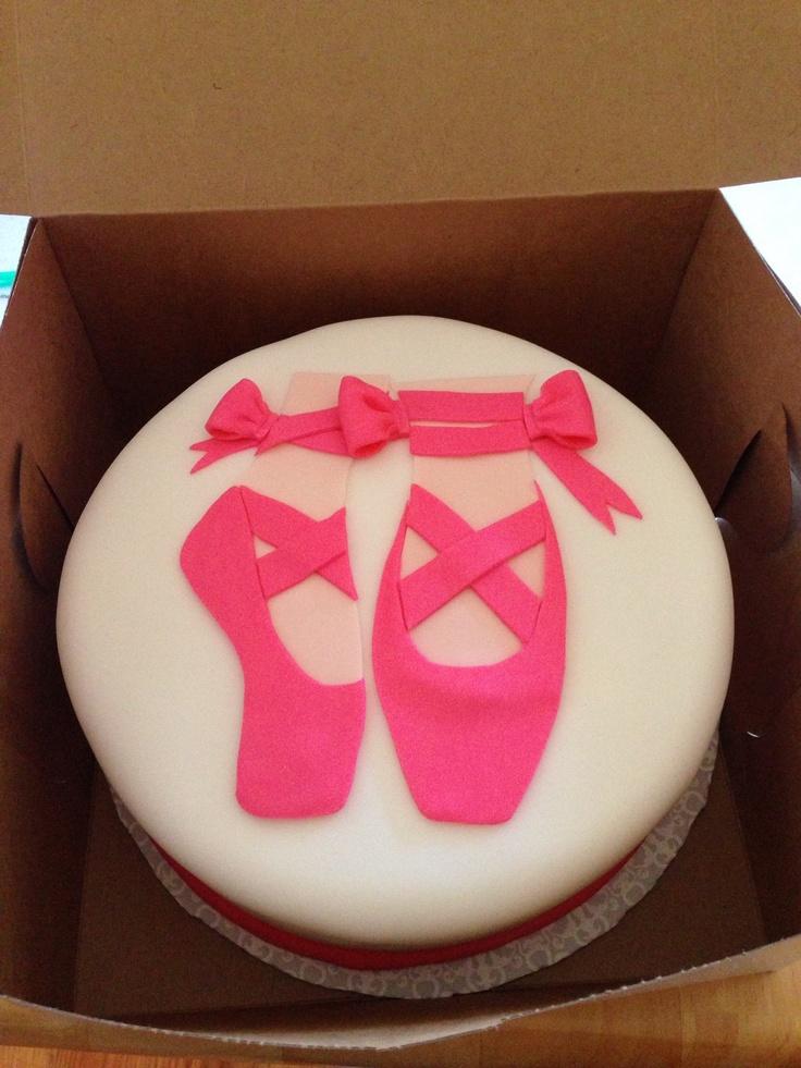 Ballerina cake with fondant