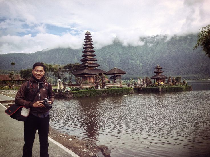 Adventure at Pura Ulun Danu Bratan, Bali