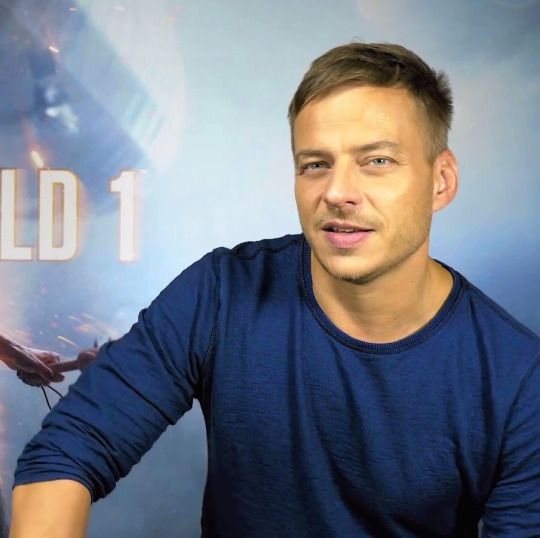"Screen Cap of Tom Wlaschiha from the making of of ""Battlefield 1″  I will upload more screen caps, Tom looks amazin in this video :)  Source https://youtu.be/grI77PlotD4  Screen cap by https://www.facebook.com/tomwlaschihafanpage/"