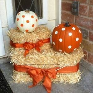 100 Cheap and Easy Fall Porch Decor Ideas - Prudent Penny Pincher