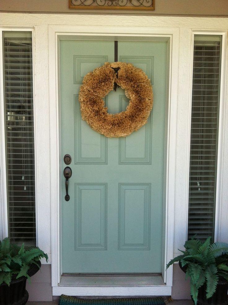 Best 25 apartment front doors ideas on pinterest diy - Apartment exterior color schemes ...