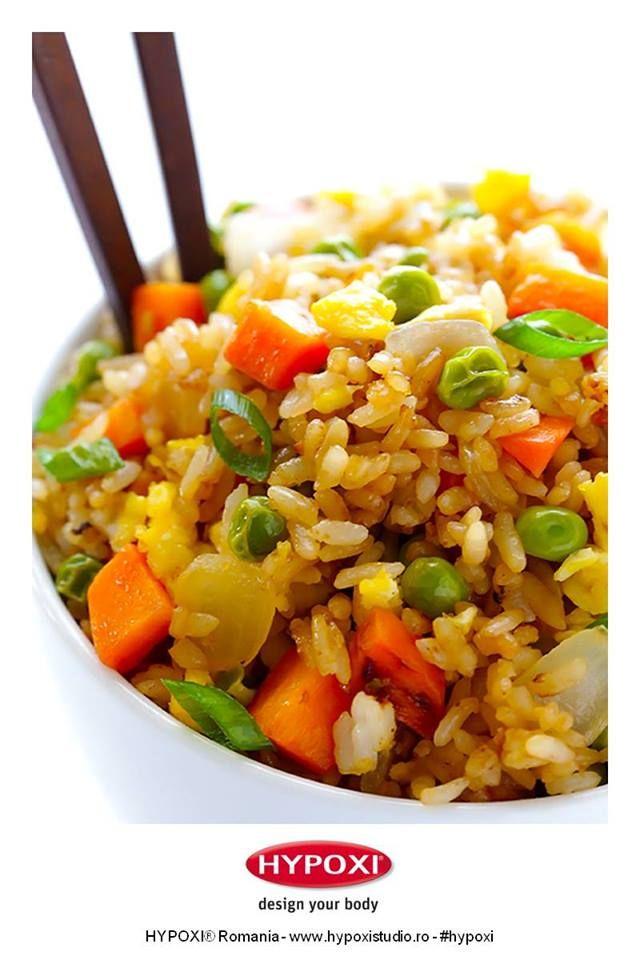 Azi v-am pregatit o reteta inspirata din bucataria asiatica, gustoasa si usor de preparat: orez prajit cu legume. Pofta buna! #Hypoxi #HealthySkin