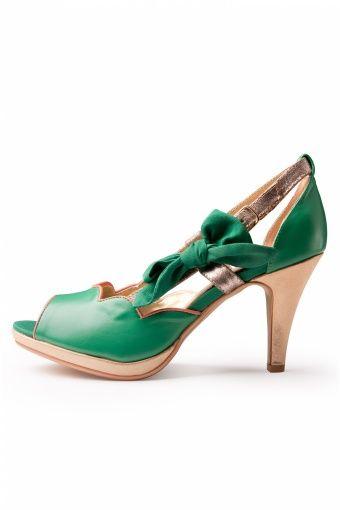 A Preppy Lady green pumps - Jaren 50 kleding | Jaren 50 jurken