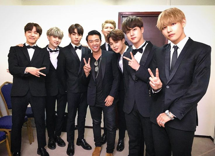Wonho Chung (Stand up Comedian & Host) posted a photo with BTS [160326]