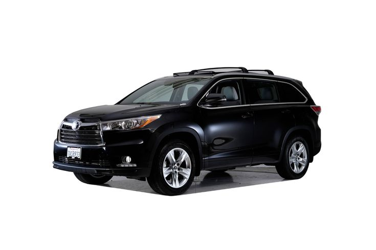 Toyota Highlander Limited Platinum. Schedule your test drive today!  #cars #car #toyota #blackcars #wheels #photography