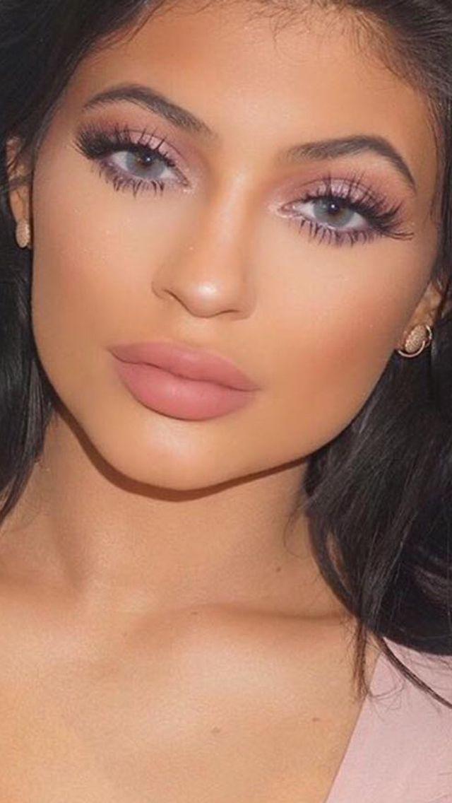 Best 25+ Kylie Jenner Makeup Ideas On Pinterest