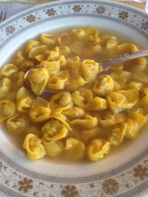 Mina e le sue Ricette del Cuore: La prima #ricetta del #2014: i miei #Tortellini fatti in #casa  http://minaelesuericette.blogspot.it/2014/01/i-miei-tortellini-fatti-in-casa.html