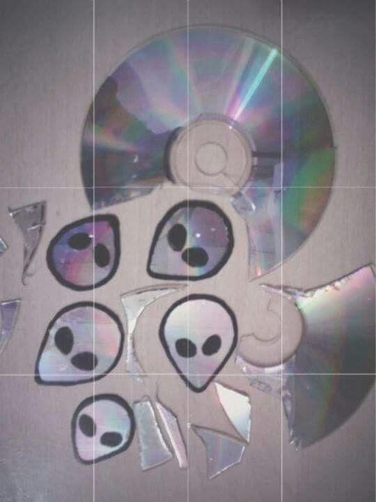 | Indie | Alternative | Grunge | Aliens