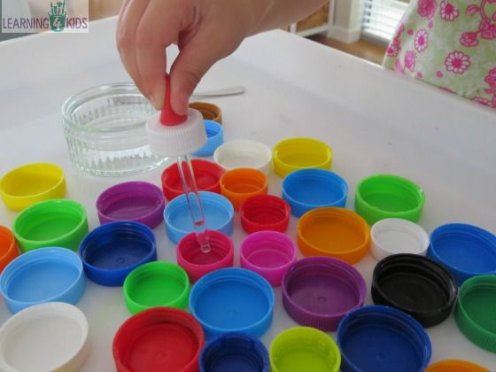 Activity to encourage the development of the pincer grasp by learning 4 kids
