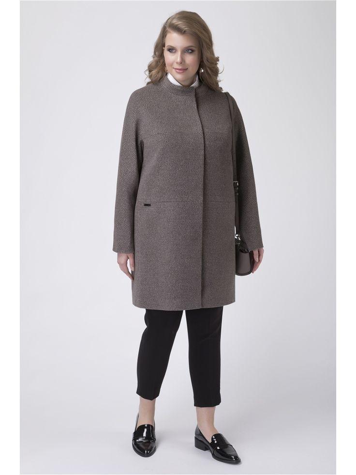 Пальто демисезонное в городском стиле с элементами минимализма из шерстяной ткани. Средняя длина и прямой силуэт оптимальны для повседневной носки.