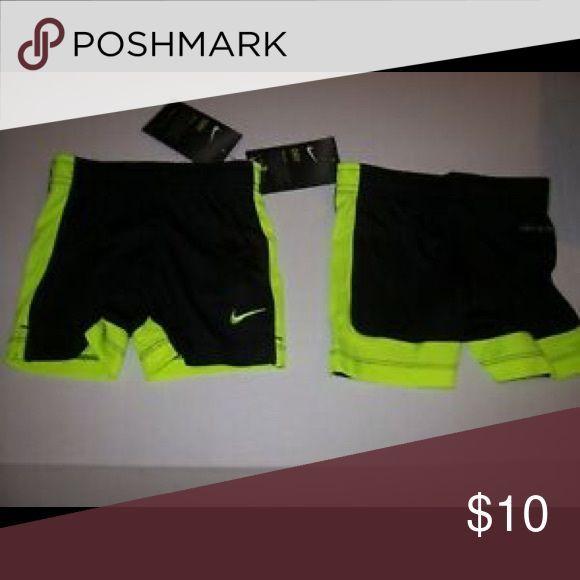 3 für 30 $ !! Schwarz und Grün Baby Nike Shorts Nike Shorts Schwarz mit Grün …   – Shorts Outfit