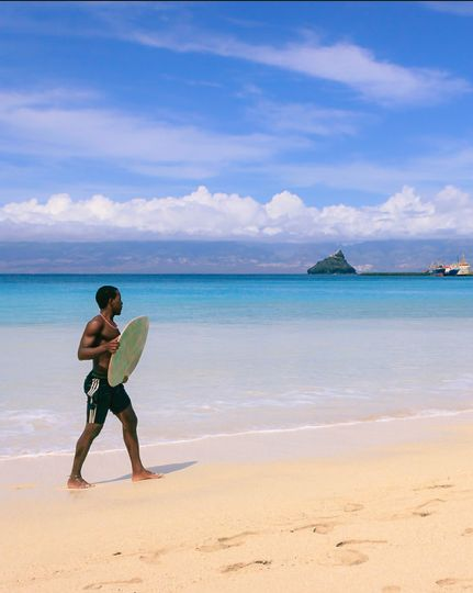 Surfer on the beach of Mindelo, Cape Verde #Kaapverdie #CaboVerde
