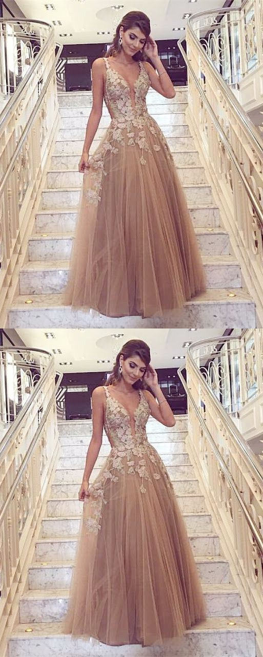 champagne deep v-neck prom party dresses, chic fashion gowns with appliques, elegant evening dresses for formal party. #eveningdresses
