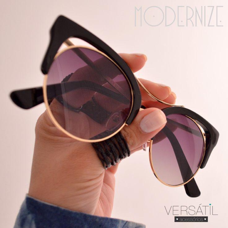 Óculos L-I-N-DO, estilo gatinho, de arrasar! Garanta já o seu: http://www.versatilacessorios.com.br/oculos-de-sol.html