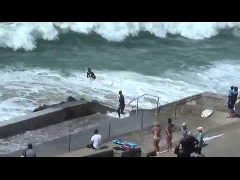 Garrett McNamara vague de 27 metres a Nazare - YouTube