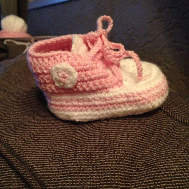 Baby sneakers in de maak