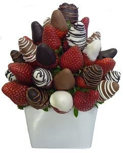 Fruit Carving - Vegetable Carving  - edible arrangements - Chocolate dipped fruit